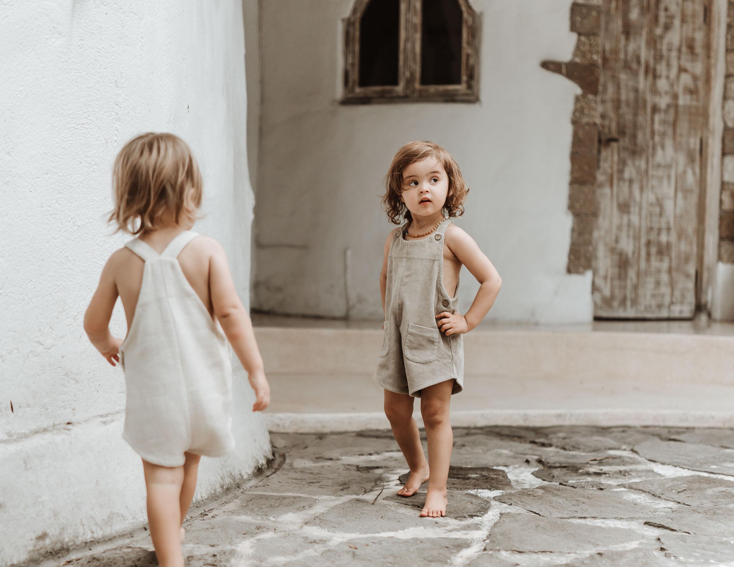 keira-mason-illoura-the-label-little-kids-exploring.jpg