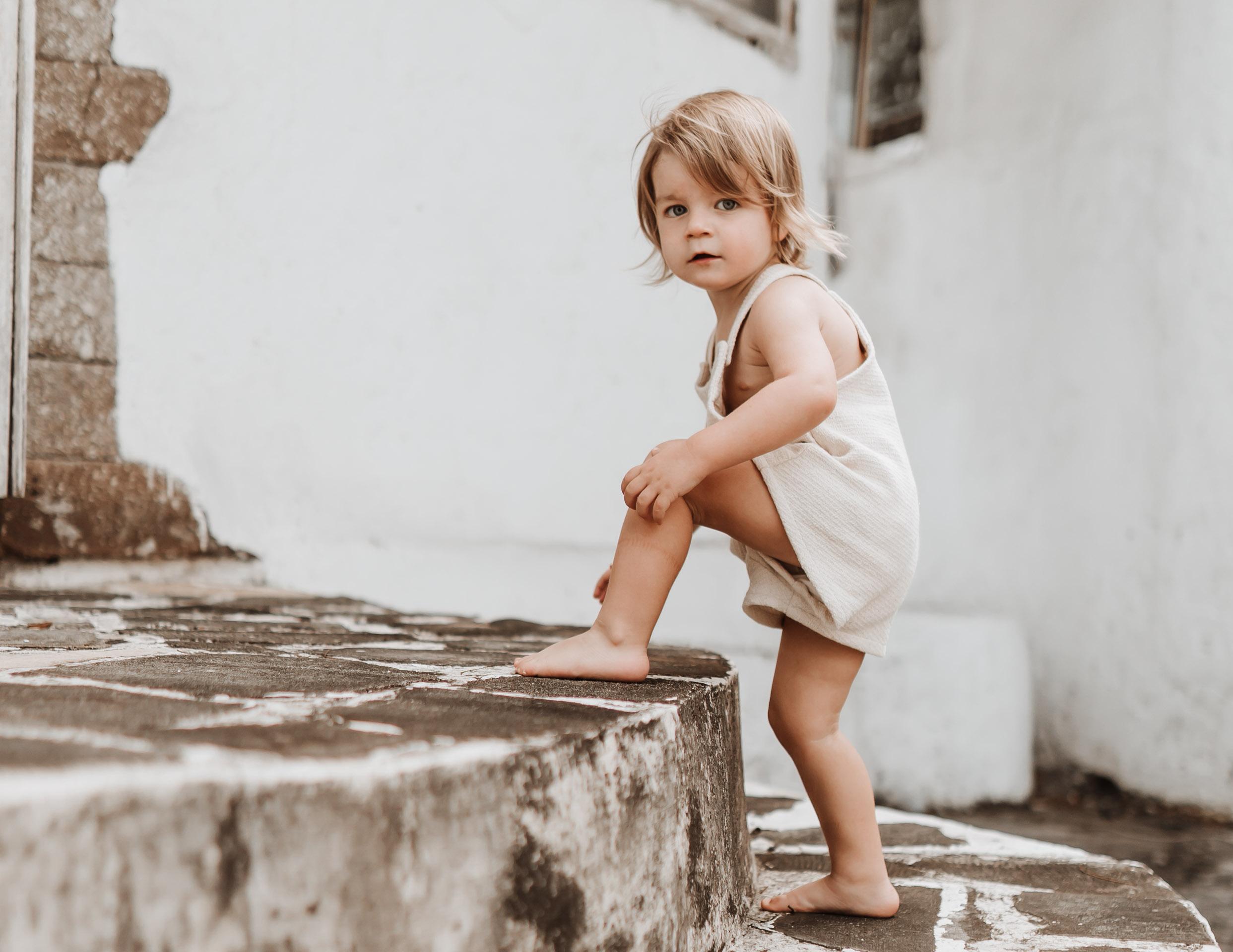 keira-mason-illoura-the-label-little-boy-exploring.jpg