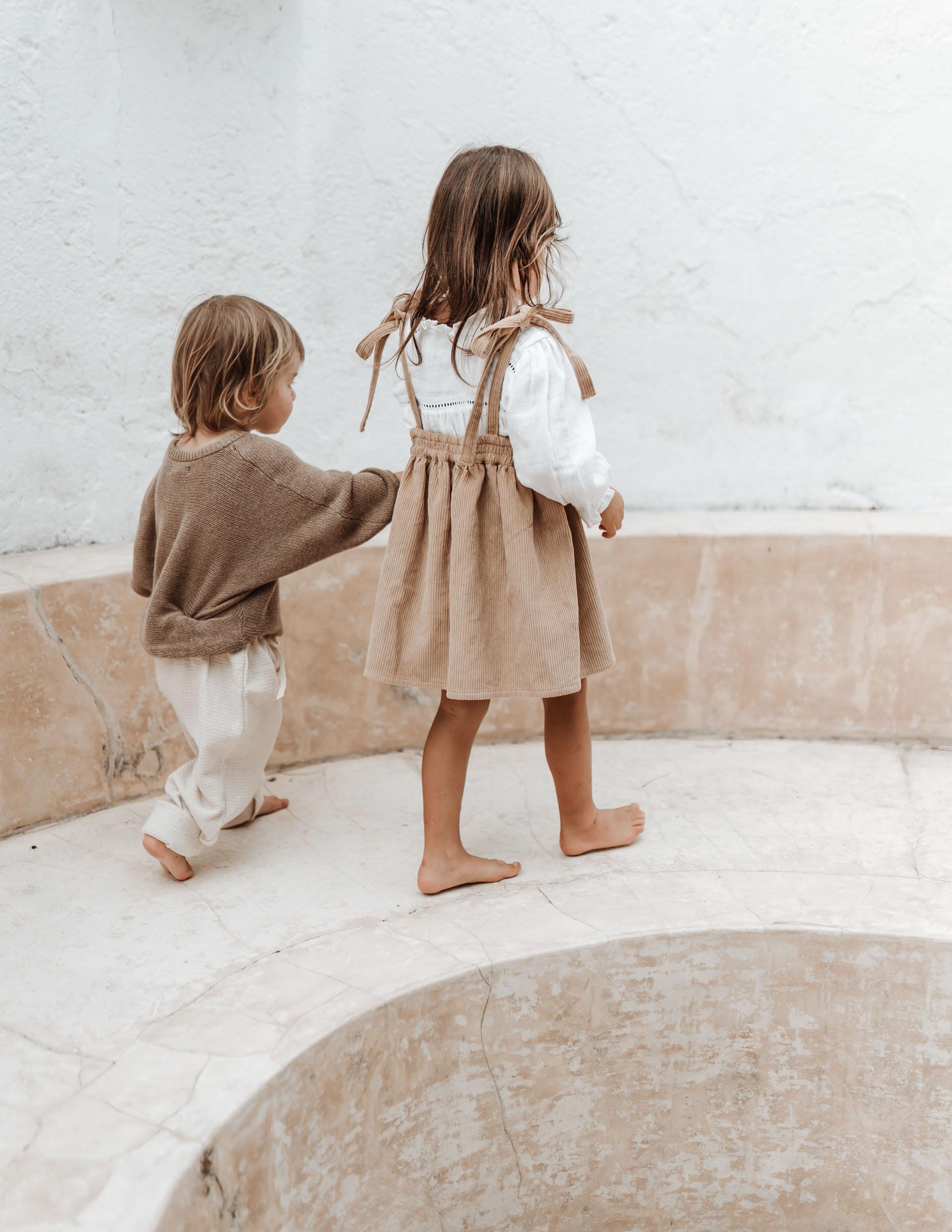 keira-mason-illoura-the-label-brother-and-sister-walking.jpg