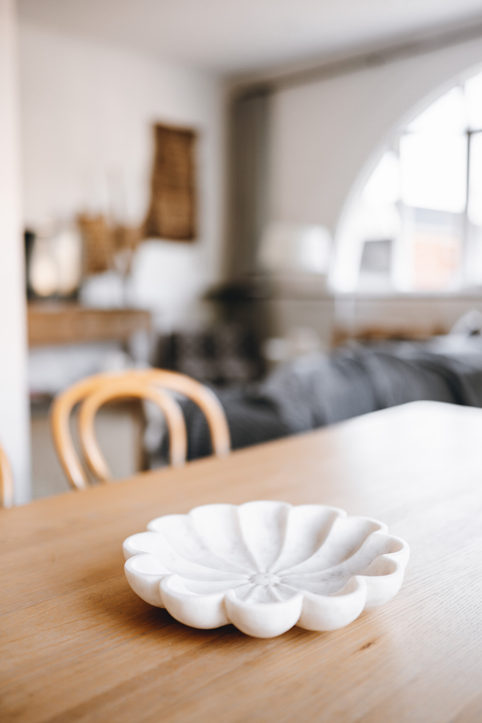 keira-mason-flourish-on-bull-street-clam-plate.jpg