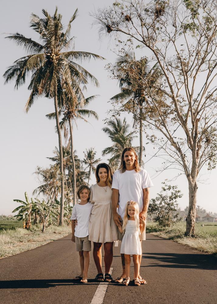 keiramason-snowden-family-palm-trees.jpg