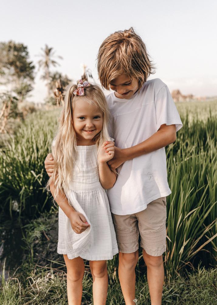 keiramason-snowden-family-siblings.jpg