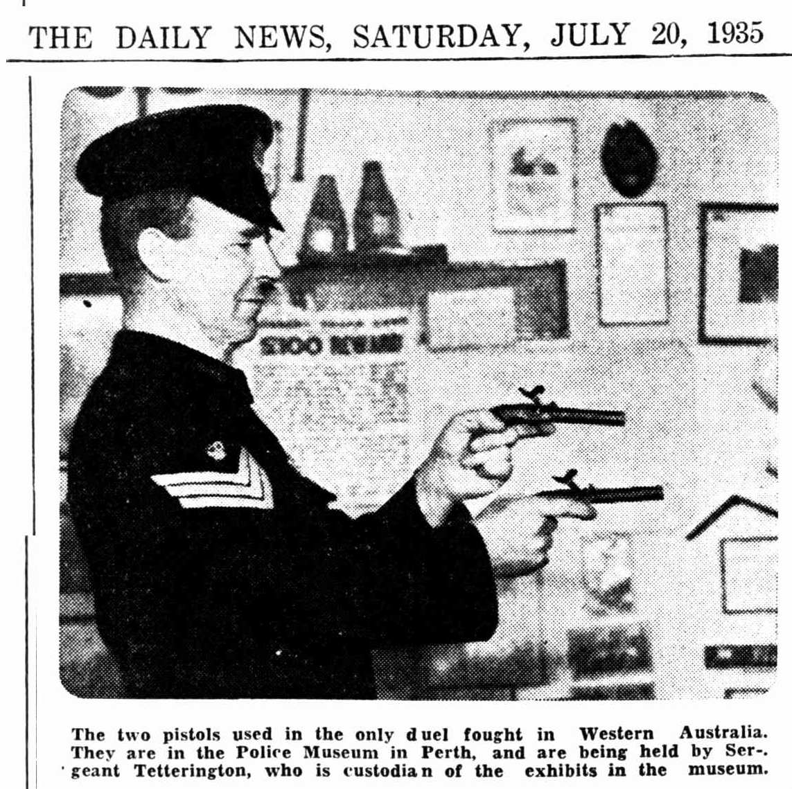 The West Australian, 5 January 1933 (Image of the policeman holding the pistols).