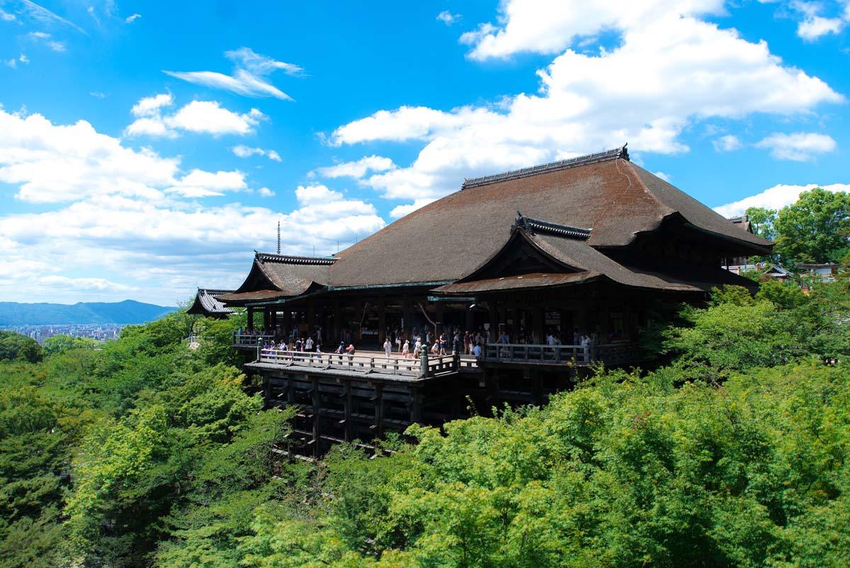 Kiyomizu-Dera - World Heritage Temple with amazing views