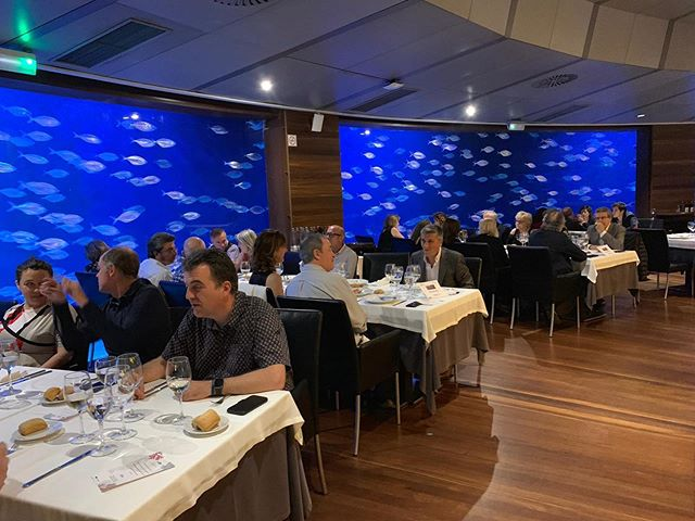 Gala Dinner for the UPV organized by Valencia Venues at the Submarino Restaurant, one of our venues. Many Thanks to the Oceanografic team for this partnership #valencia #restaurants #valenciarestaurant #events #corporateevent #corporateevents #valenciavenues #valenciavenuesexperience