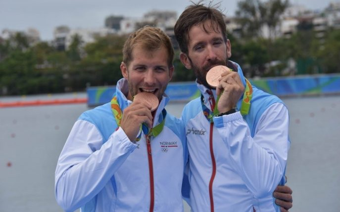 From left Kristoffer Brun and Are Strandli after winning the Olympic bronze medal in men's lightweight double sculls in Rio. Photo by Tine Heien Bjonge