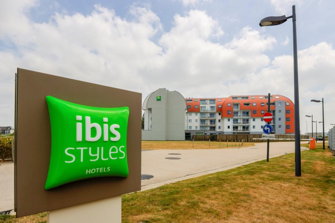 Ibis Zeebrugge (22) (Medium).jpg