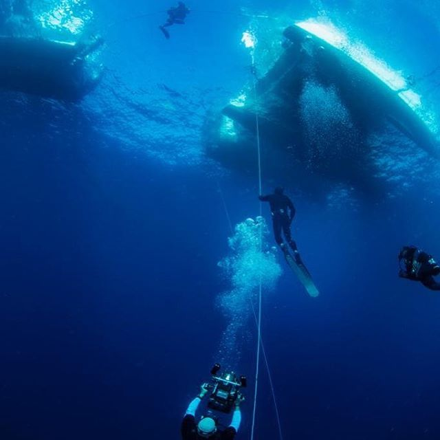 That's me on the right side of the frame 🙃 floating in the upper part of 750 feet of blue water.  It was a tough day... Not all of them go well or exactly how I planned, but I do appreciate my amazing life and the unique opportunities that unfold for me.  #grateful  #Ignite #GetTurnedOn  #ExpandProbability  #ExperienceEngineering #SoundSessions #ReleaseAndReceive  #TheBigTurnOnPodcast  #Love #eleven11Life  #समिन्धे  #सत्य #समिन्धेसत् #1111๛