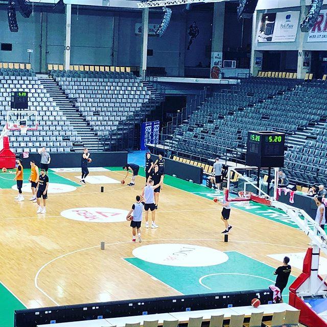 Heute wird noch trainiert. Morgen trifft Deutschland in der Arena #trier dann auf Schweden.