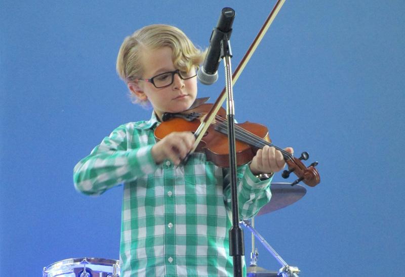 BigBeatMusicSchool_student_violin.jpg