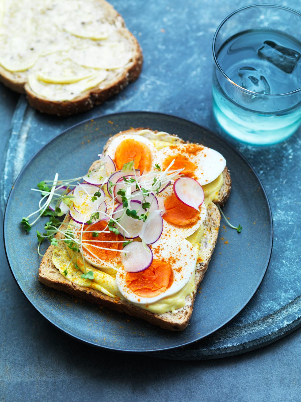 WaitroseFood_Sept_Sandwiches_19.6.17_EggMayonnaise&Cress - 101.jpg
