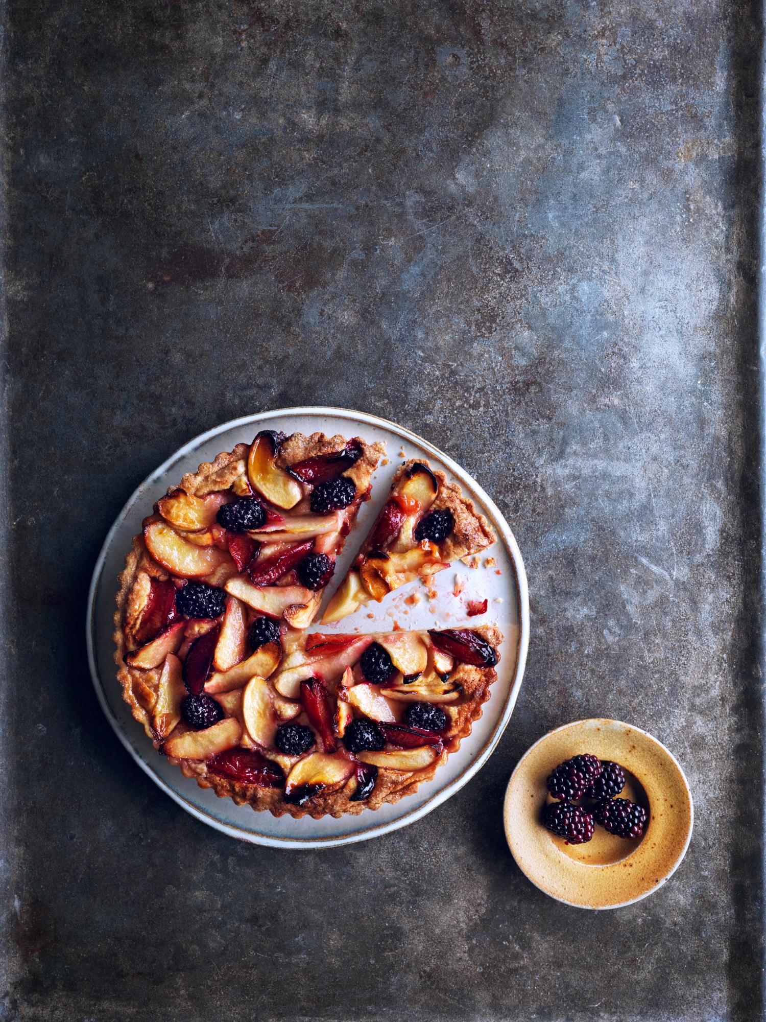 JamieMagazine_Oct_OrchardPuddings_8.8.17_OrchardFrangipaneTart_COVER - 071.jpg
