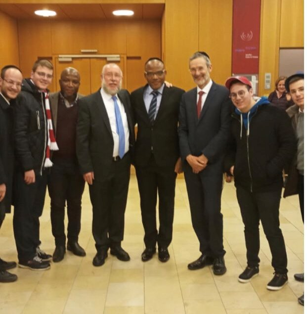 Kanu with a German Israeli delegation