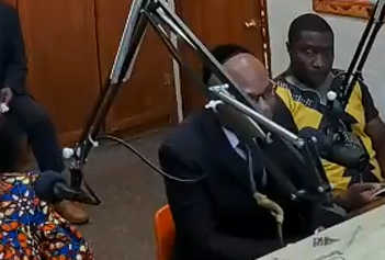 Nnamdi Kanu in the Studio with 89.3 FM radio anchors.