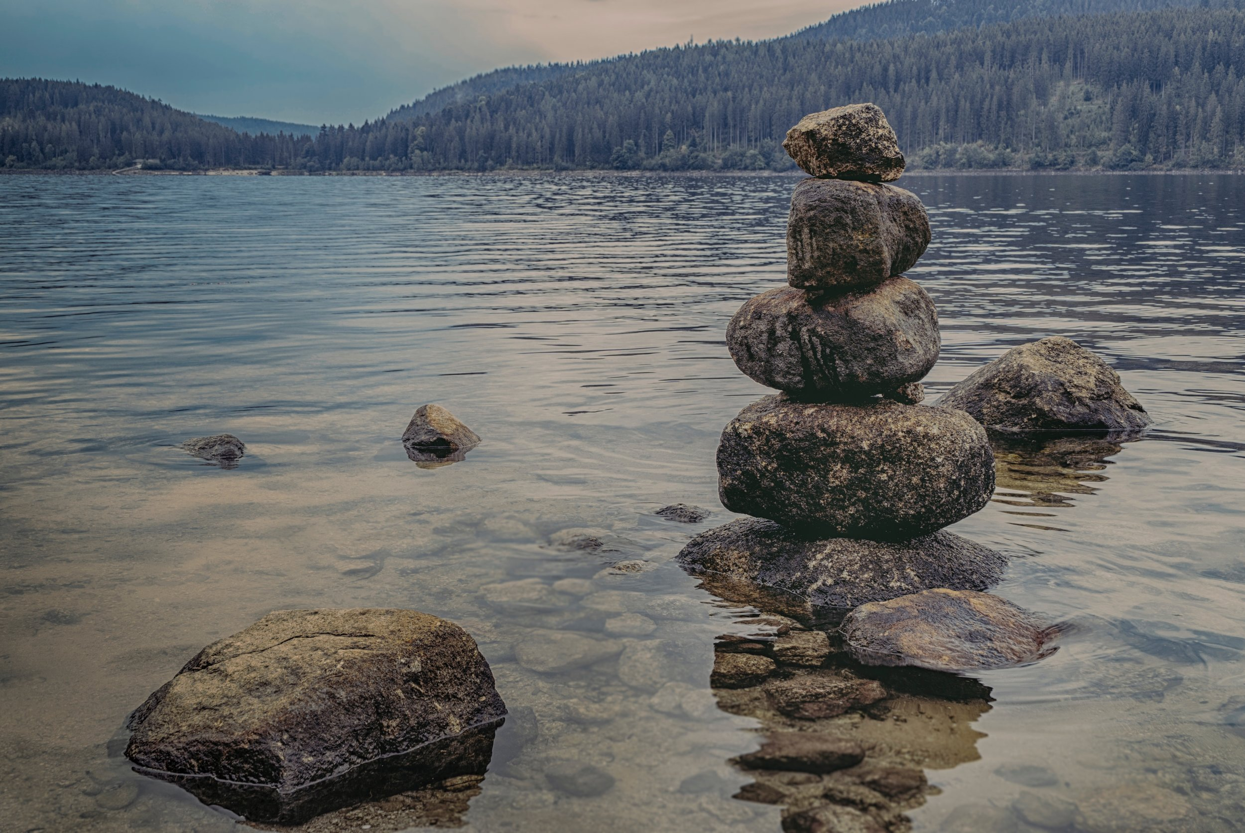 calm-meditation-mountain-1278952.jpg