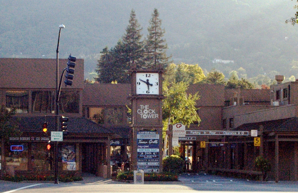 The_Clock_Tower_Square_in_Danville_CA_crop.jpg