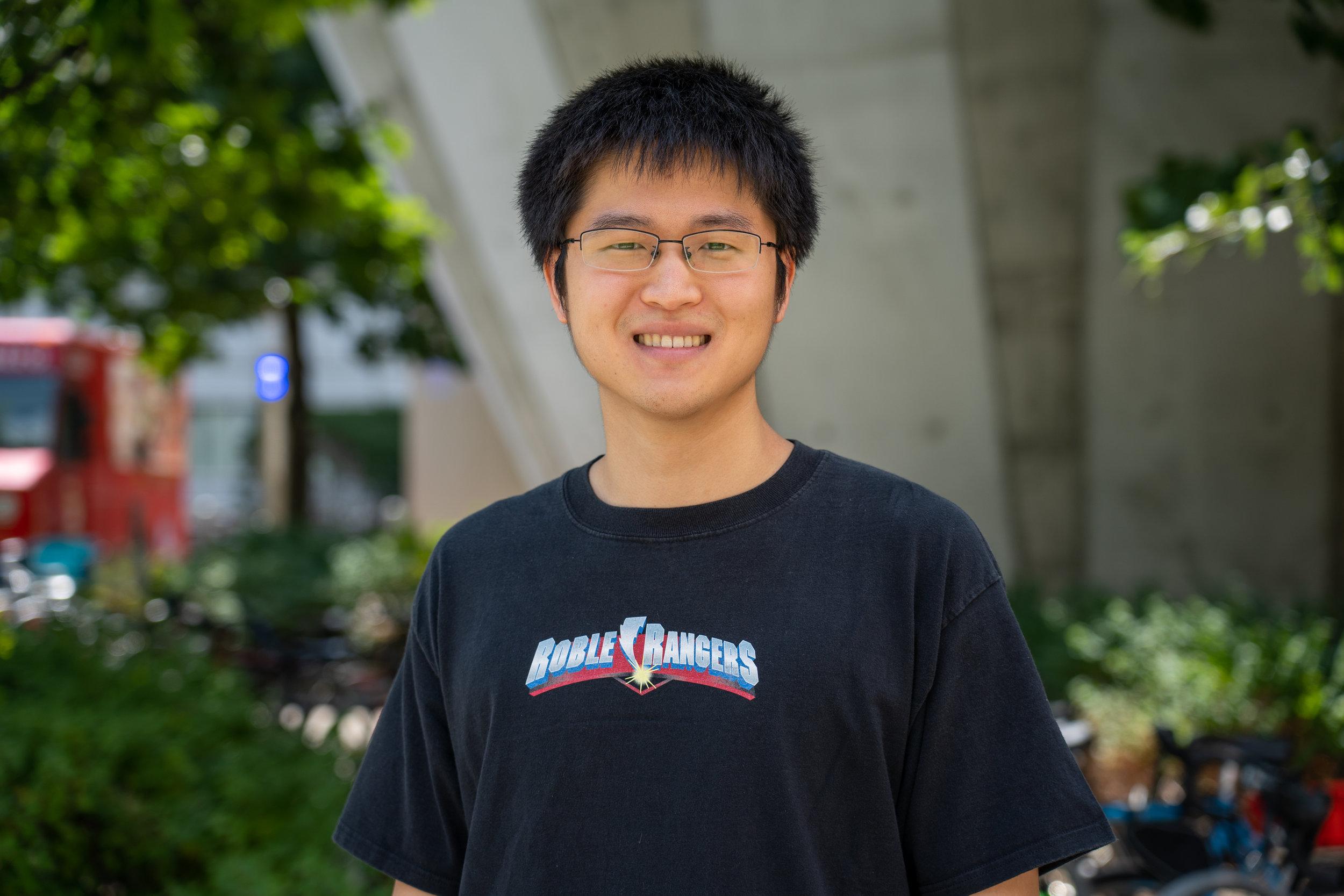 Linyi Gao  Graduate Student