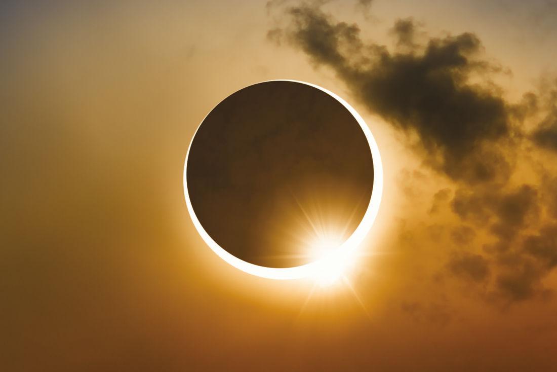 total-solar-eclipse-cyx2he_orig.jpg