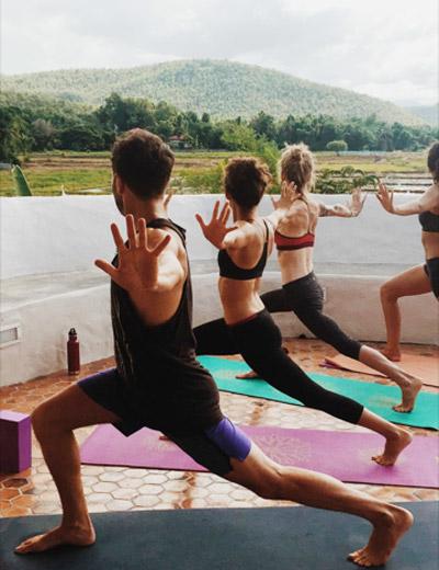 IMG_3298_yoga_inpage_2.jpg