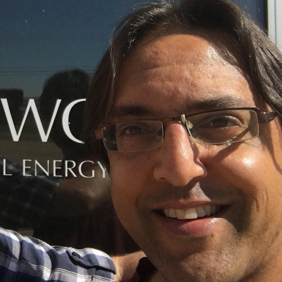 Raj Rathnavalu - Raj is the co-founder of Newo Global Energy and also the innovative University of Alberta's Spirit of the Land Program. Raj is based out of Camrose Alberta and is available to do public speaking and workshops.