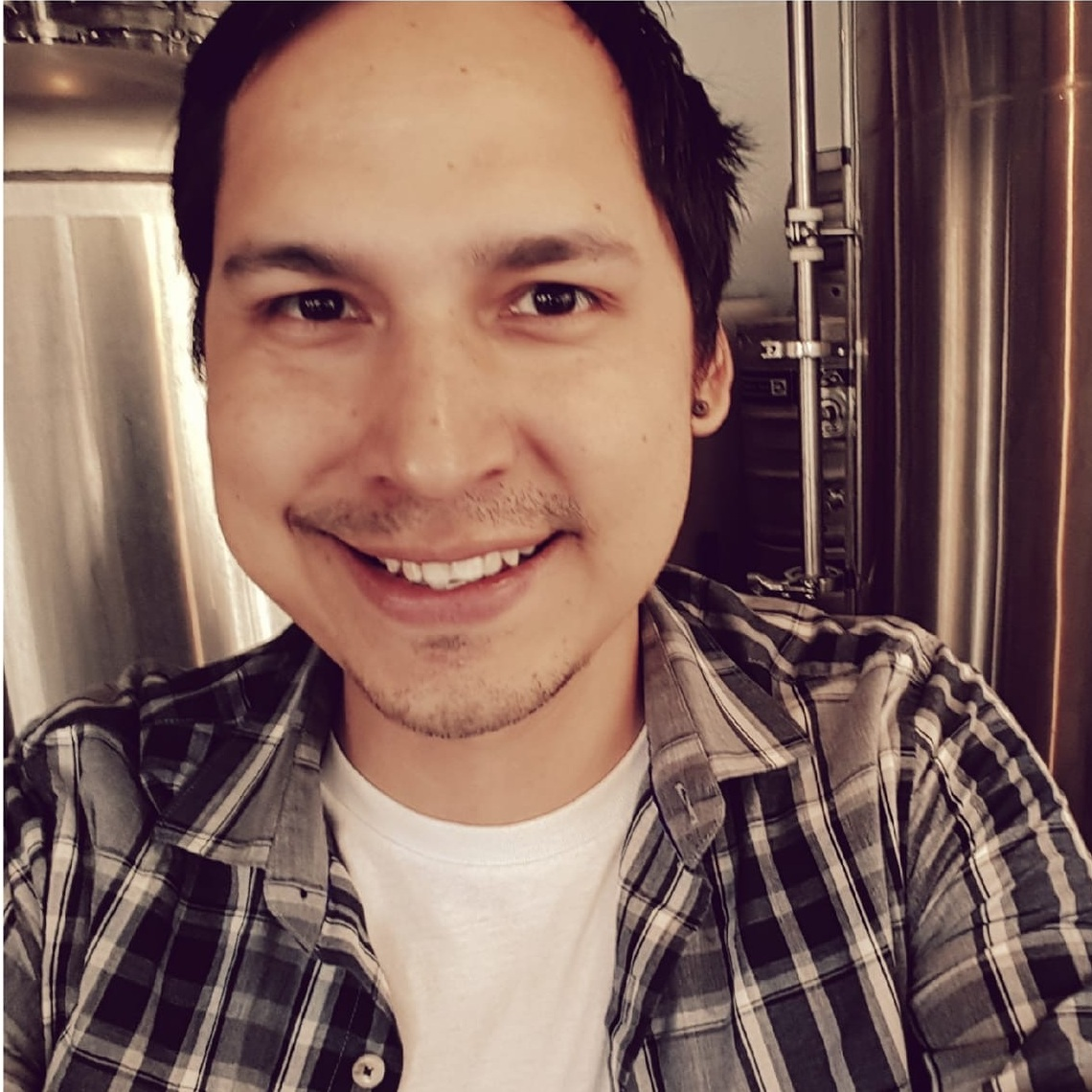Rodney Contois - Rodney is the Director of Aki Foods and is a specialist in Indigenous food sovereignty. He is a member of the Misipawistik Cree Nation.