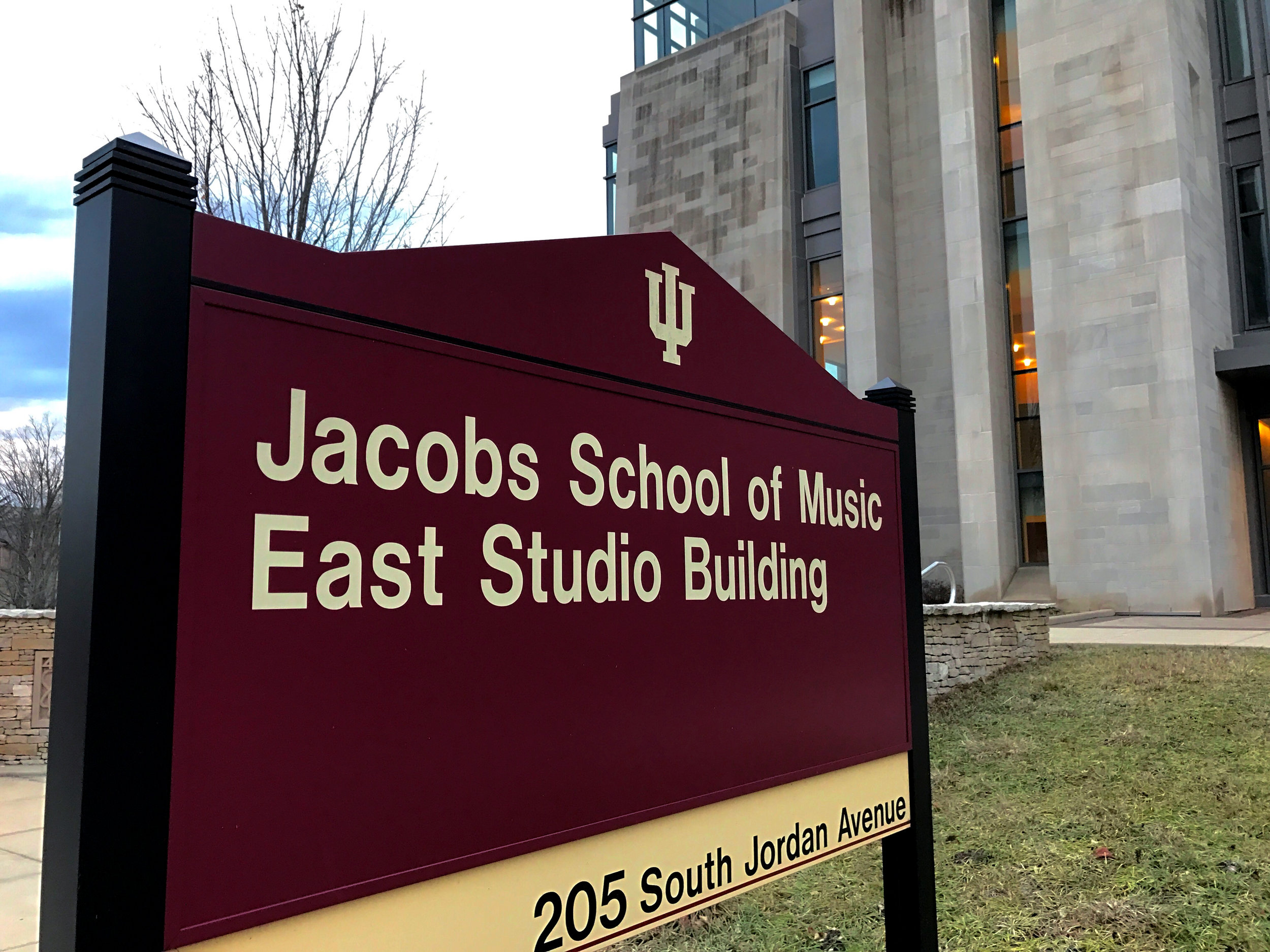 IU - JSM East Sign - IMG_0507.JPG