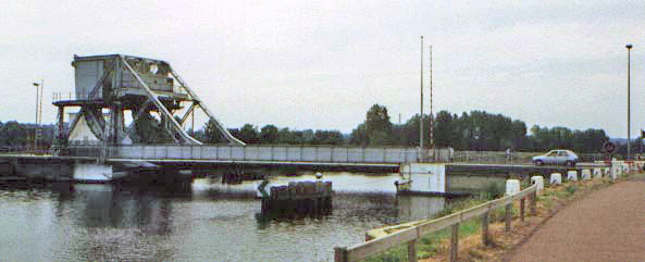 Old Pegagus Bridge   (Courtesy of Wiki Images)