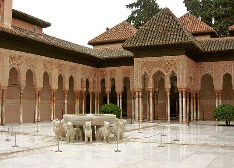 alhambra-2163527__340.jpg