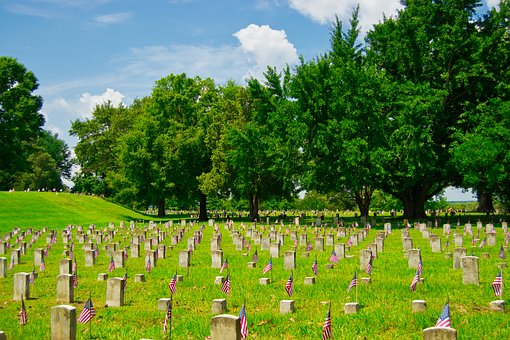 military-cemetery-3603741__340.jpg