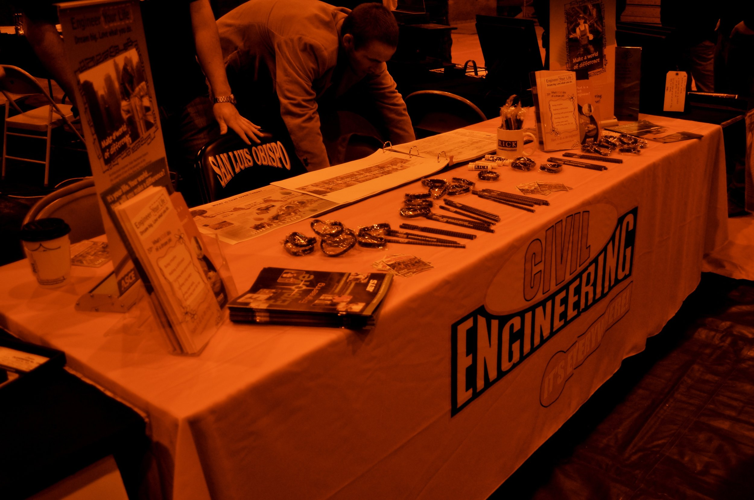 slocareerfair-dec2009booth.jpg