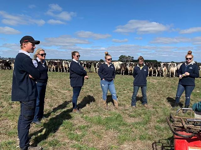 Kick off a rewarding, in-demand career in the Australian dairy industry with RIST's Cert IV in Agriculture!  Employers need RIST graduates to fill jobs.  Hit the link in our bio to learn more 🐮