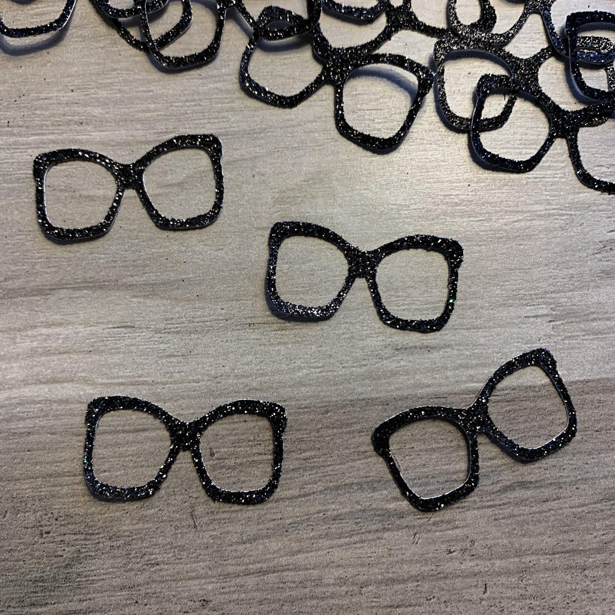 Glasses Confetti (25 pcs)