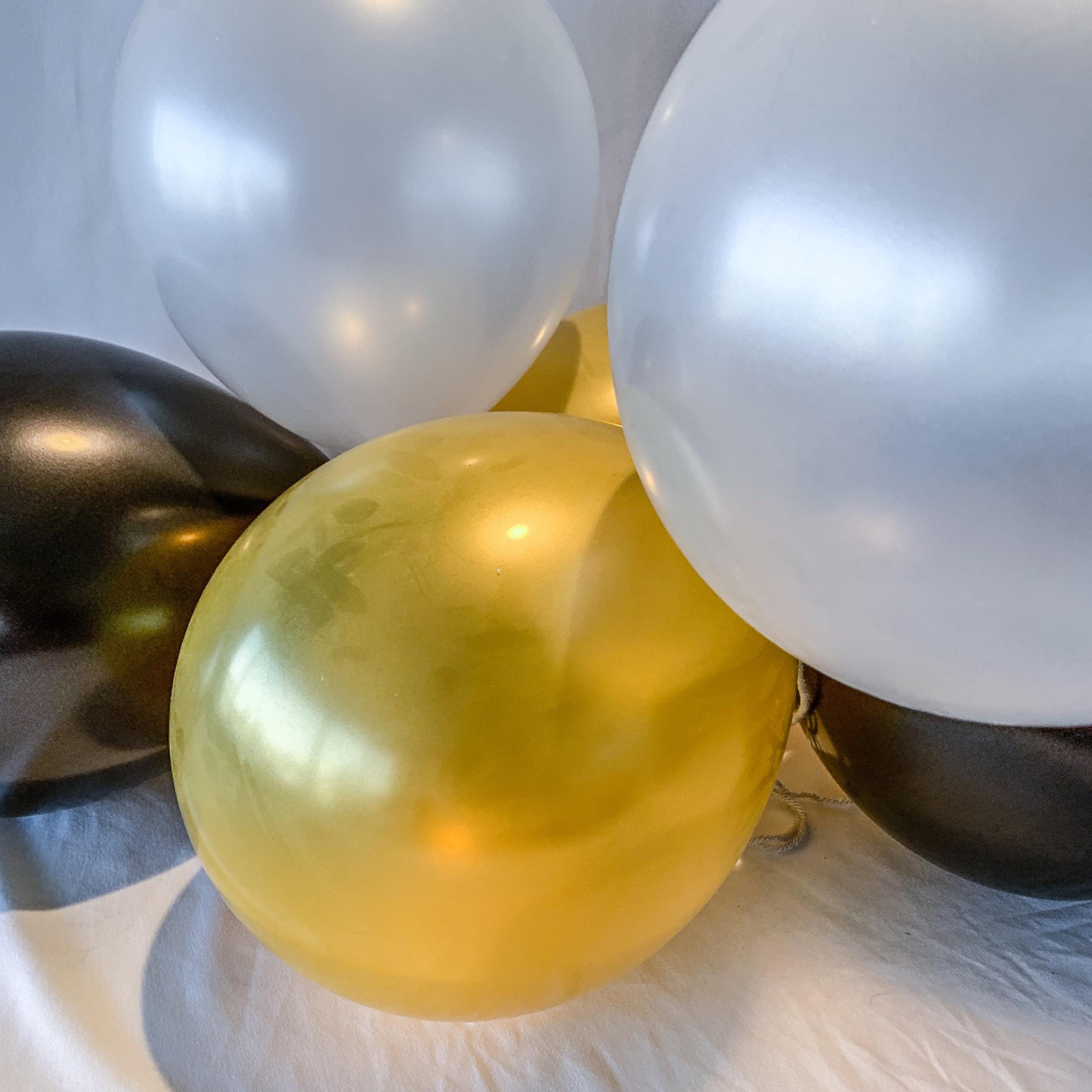 Yas Queen Balloons (Bunch of 10)