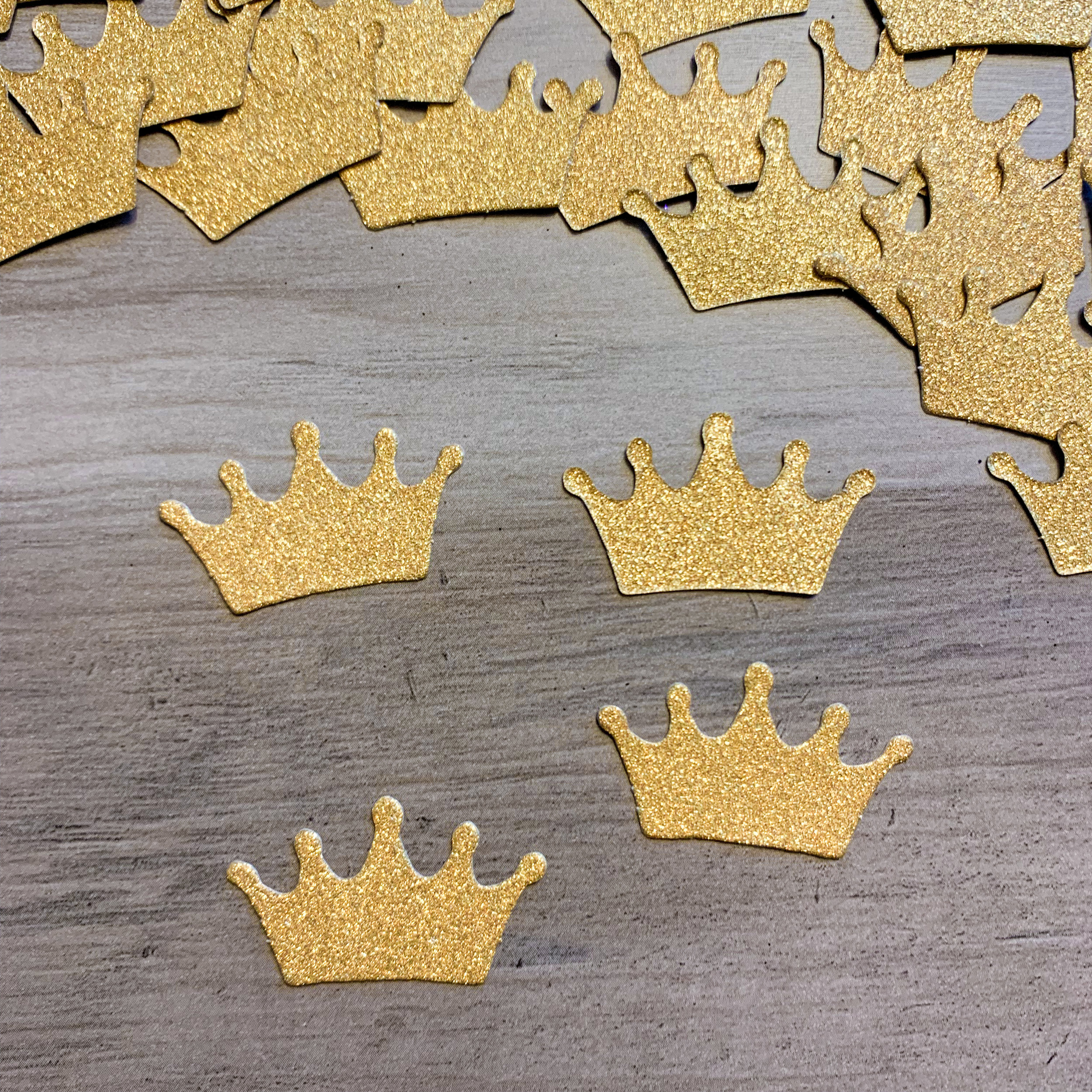 Warrior Crown Confetti (25 pcs)