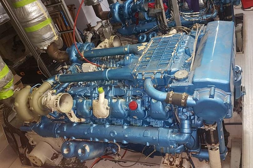 ENGINE REFINISHING BEFORE