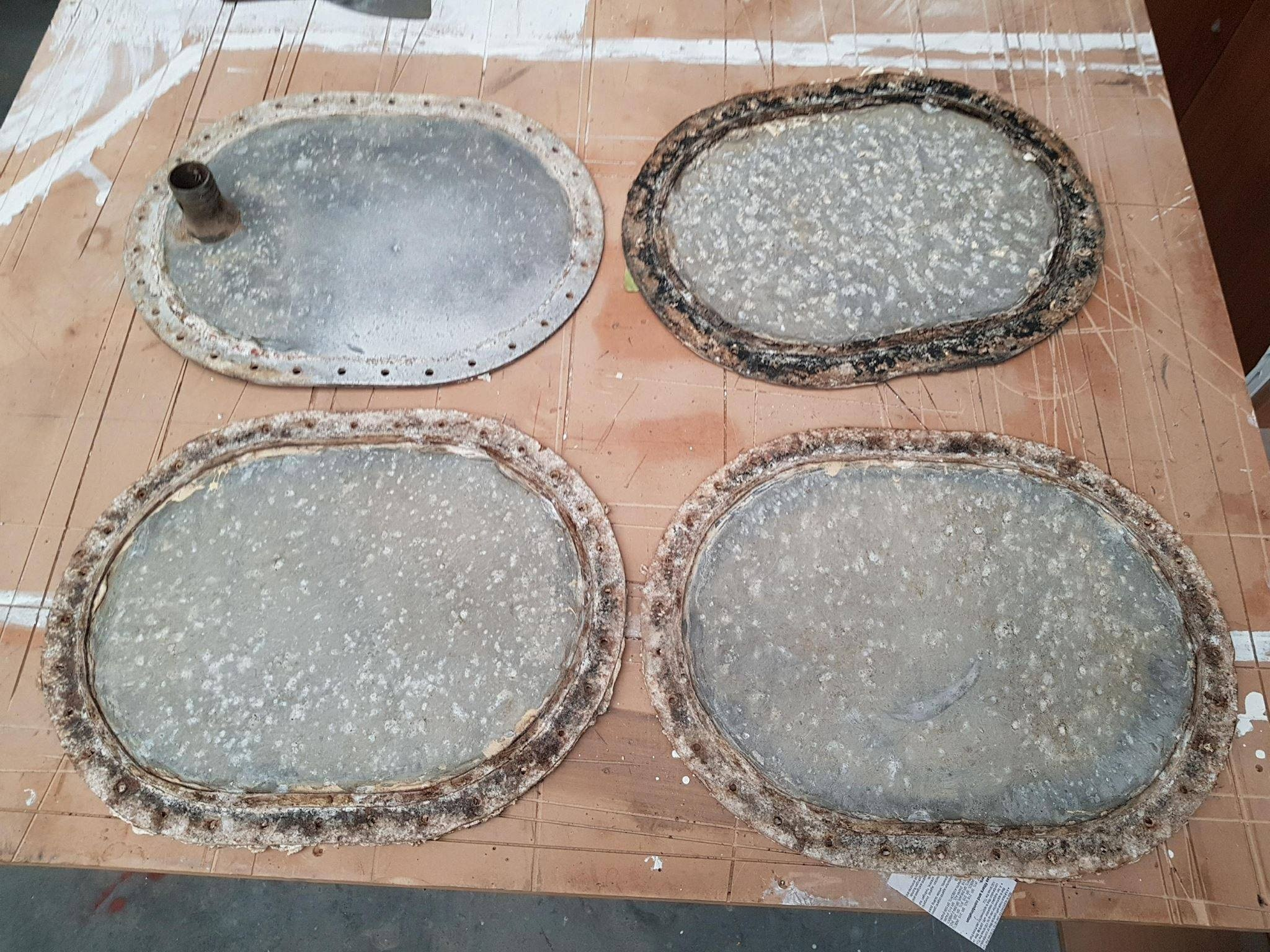 TANK LIDS REFINISHING BEFORE