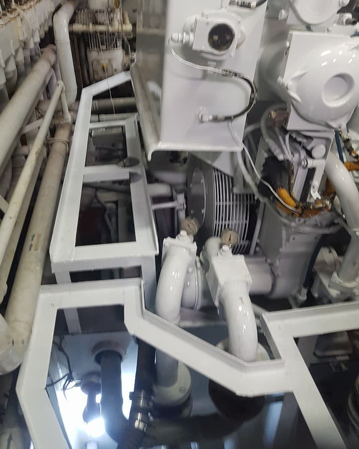 ENGINE ROOM BILGE REFINISH AFTER