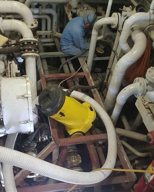 191ft+Expedition+Motoryacht+Engine+Room+Bilge+Refinishing+1.jpg