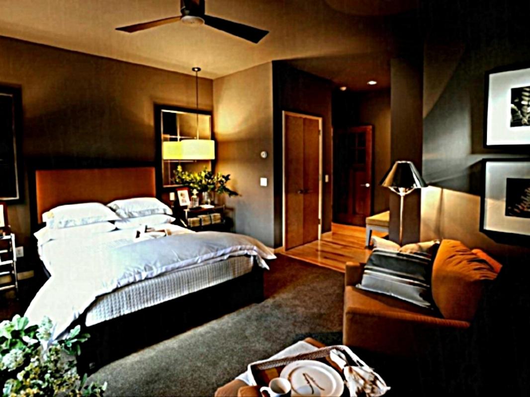 oneearth main bed pic.jpg