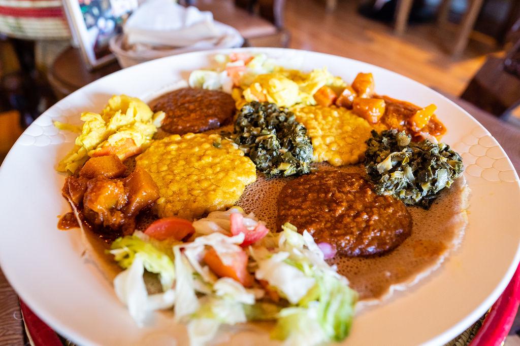 Messob Ethiopian Restaurant in Los Angeles