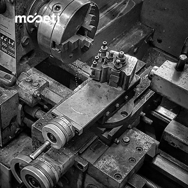 Testing new Ideas #mobetilab⁣⠀ ⁣⠀ #development #idea #maker #agile #furniture #design #handcrafted⁣⠀#metal #metalwork #lathe ⁣⠀ #mobetiyourspace #mobeti⁣⠀ #mobetigmbh ⁣⠀ ⁣⠀