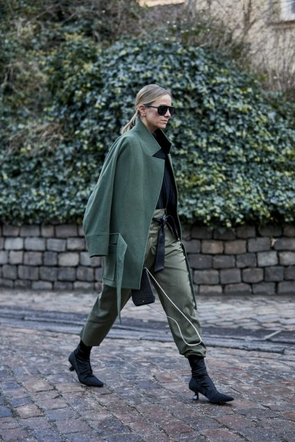 However for AW19  I am loving this posh military vibe and especially the trousers tucked into the boots. LOVE it x