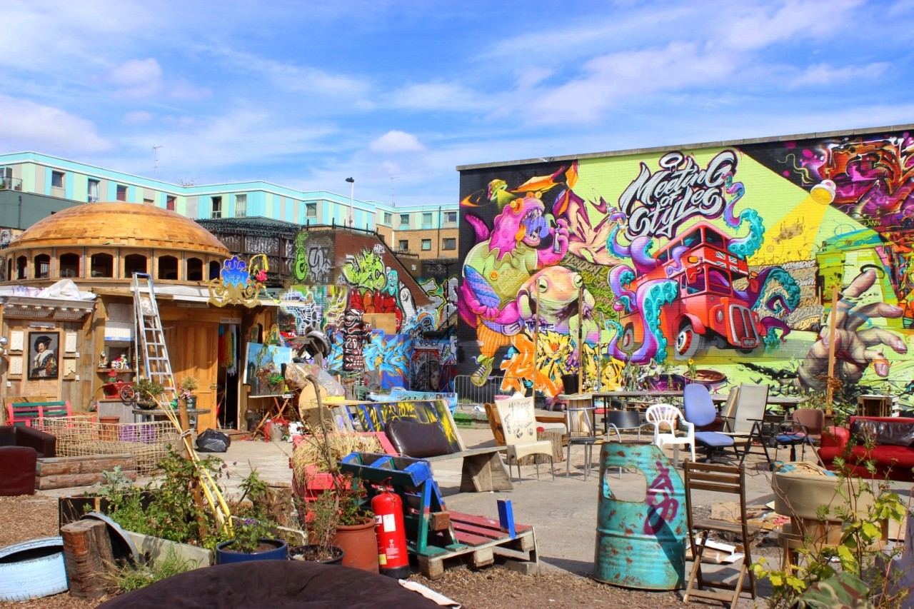Shoreditch - Explore community gardens, quirky shops and cafes, markets and a city farm