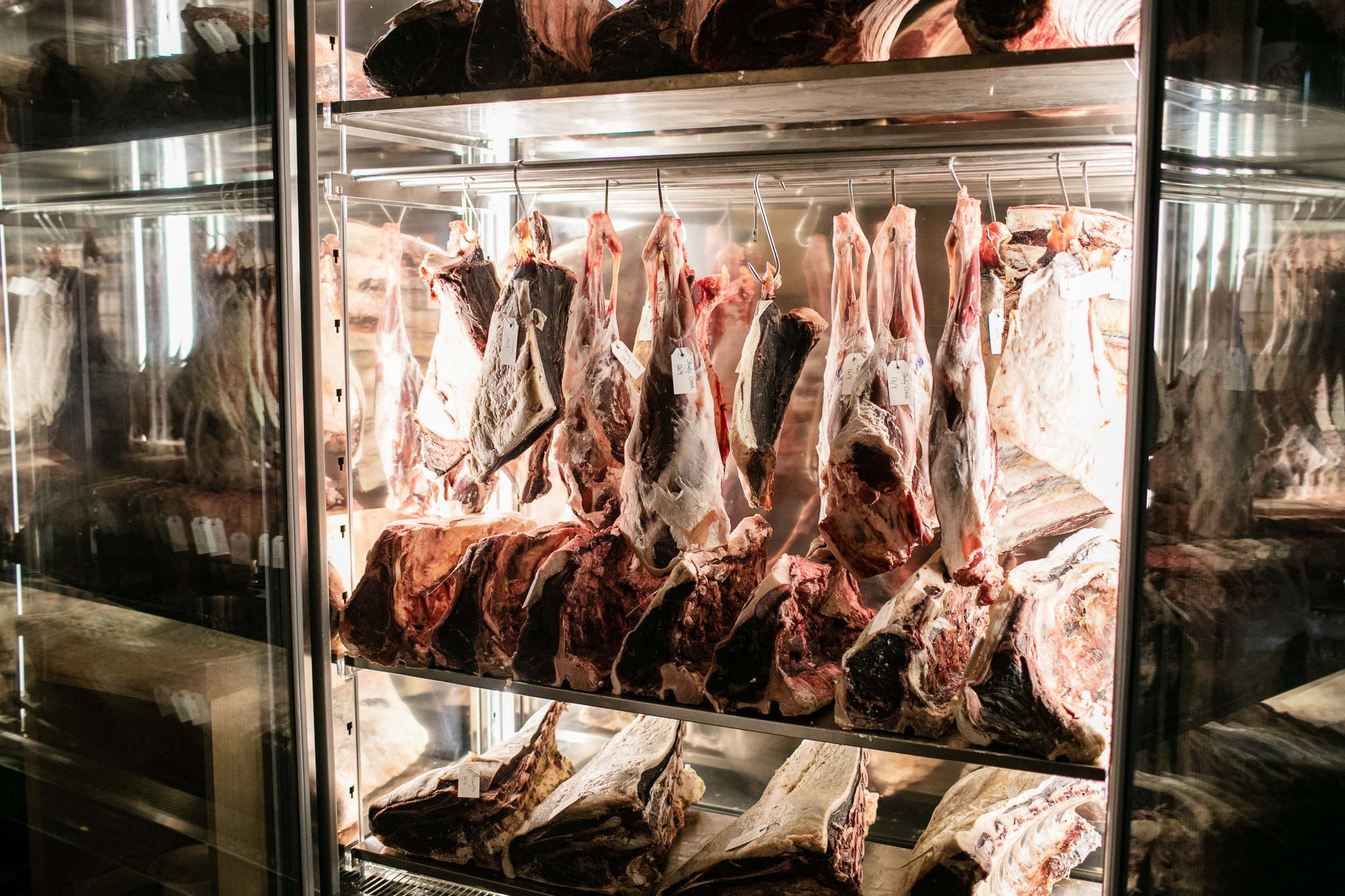 DRY AGING -