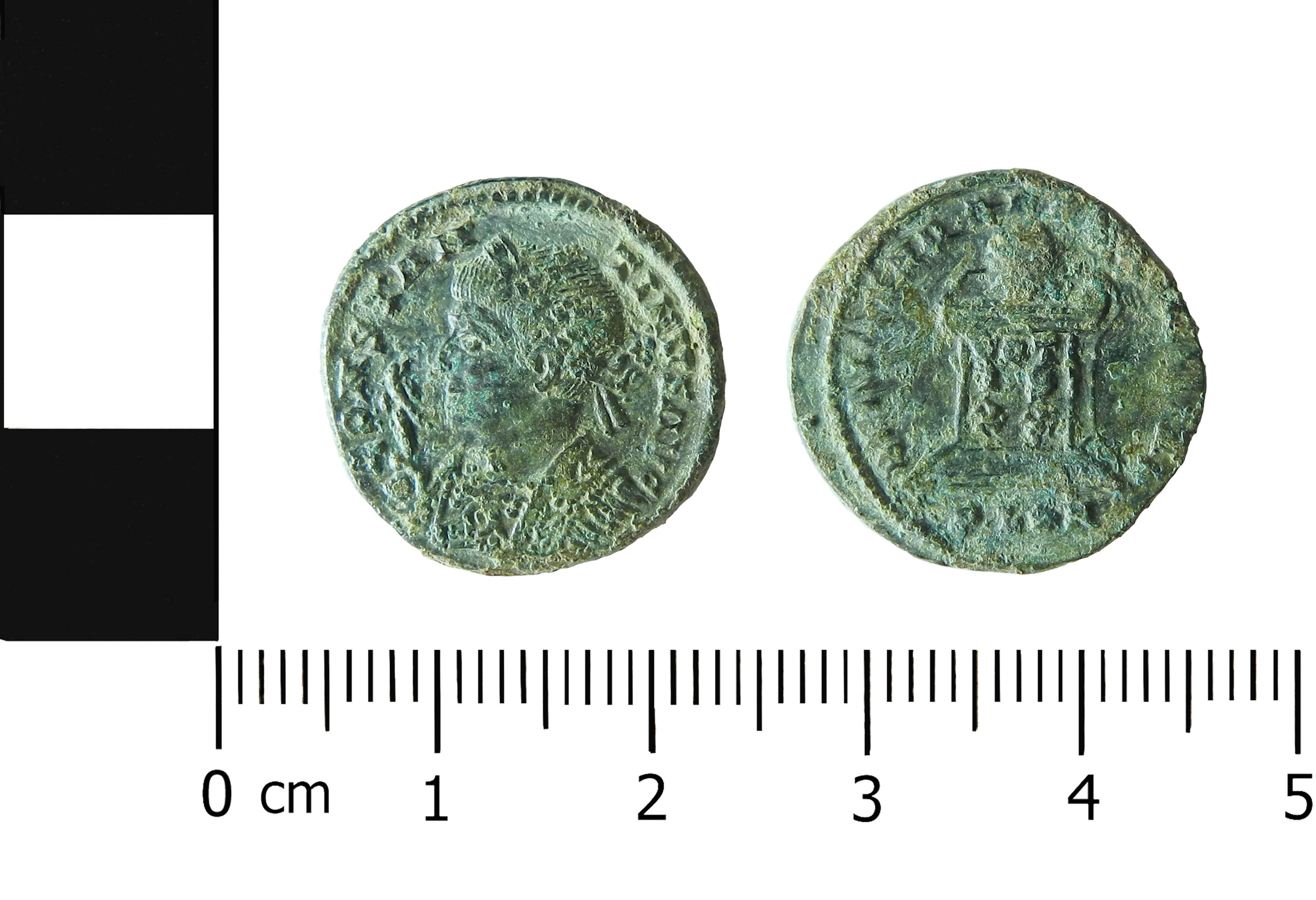 (MOL.208.75.31 Obverse: Constantine I, Reverse: Altar, Minted in London)