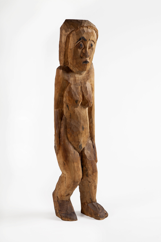 Hermann Scherer   Erschrockene Frau (Donna spaventata),  1926 Legno di pioppo parzialmente dipinto 110 x 26 x 35 cm 28 cm profondità media Acquisto 1995