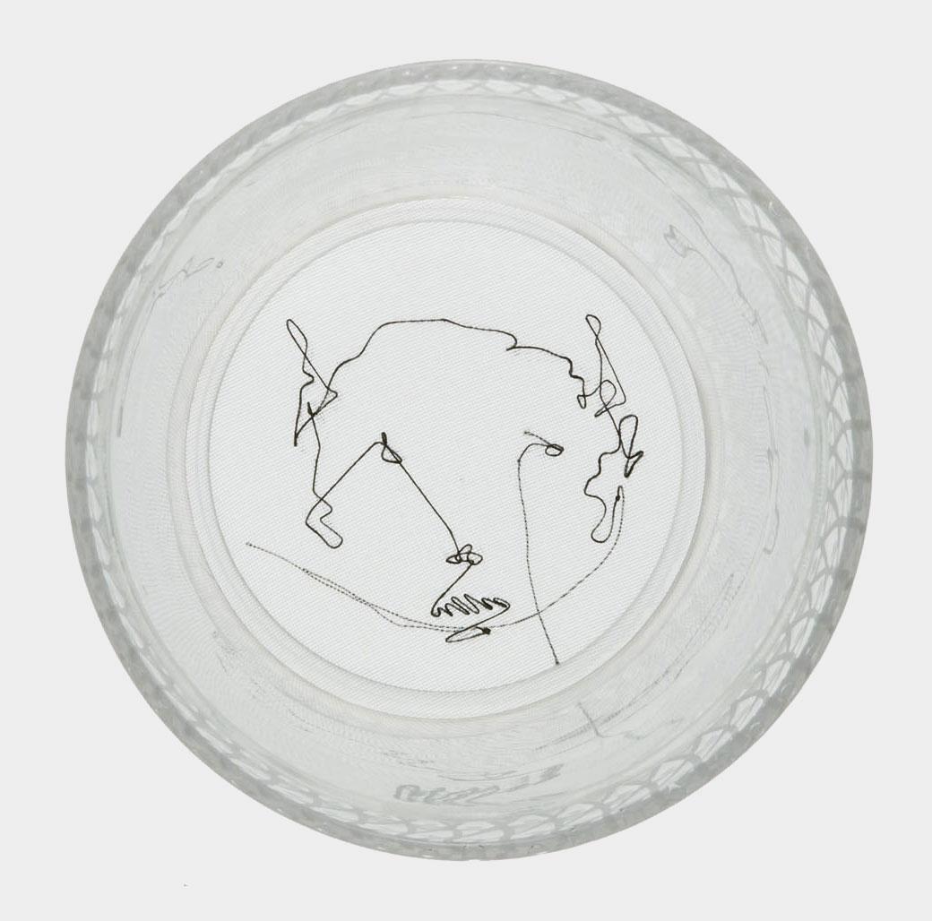 amedeo martegani - Alias glass, 2009Bicchiere in vetro di Murano, ricamo su organza10 x 9 x 9 cm50 esemplari CHF 1'500