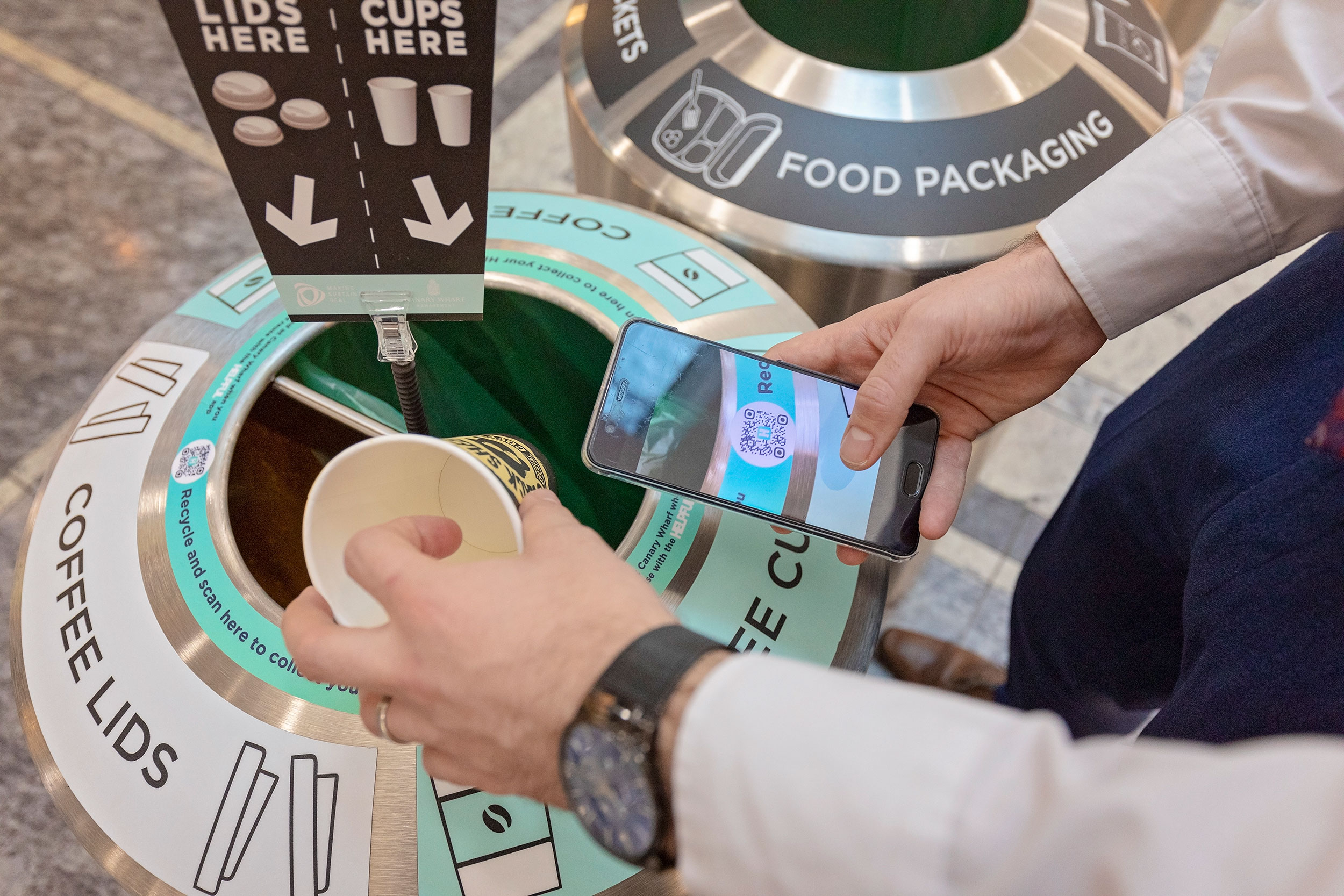 REWARDING OUR COMMUNITY - Canary Wharf Group also piloted the HELPFUL app, designed to help anyone at Canary Wharf to correctly recycle their waste, make the switch to reusable products to avoid single-use plastic and earn rewards at the same time.