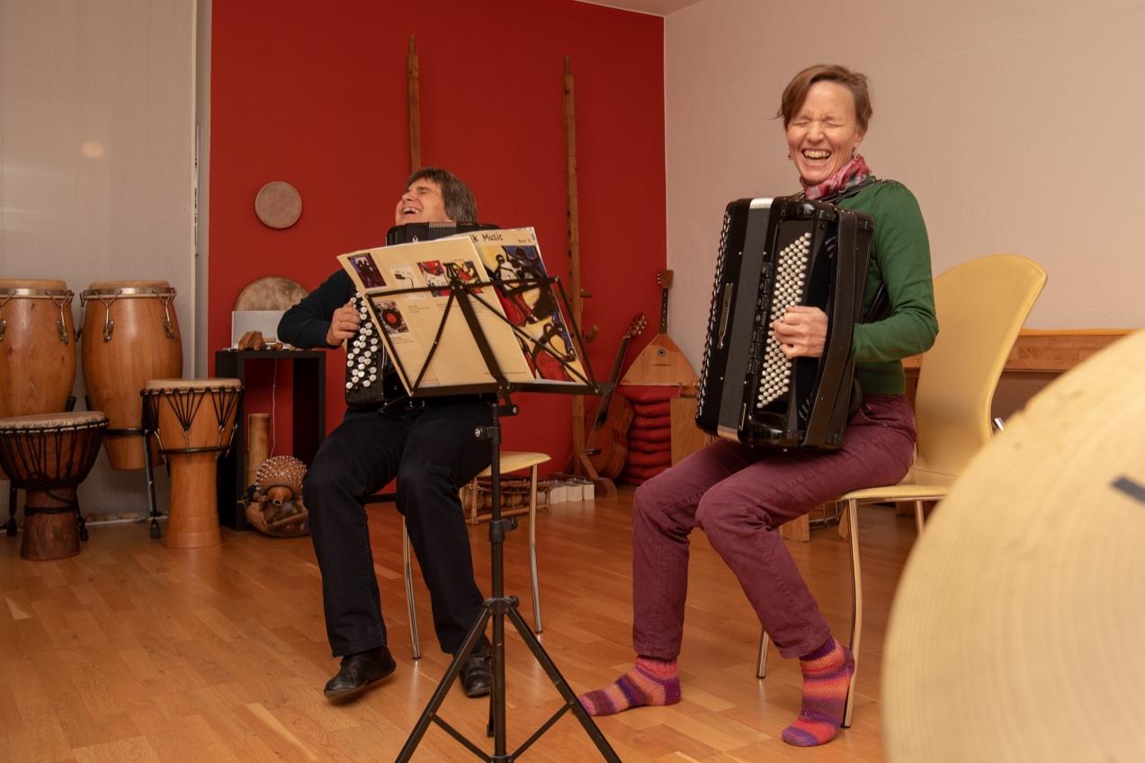 DSC_2555Esther+Kaufmann+Akkordeon+Perkussion+Unterricht+Luzern.jpg