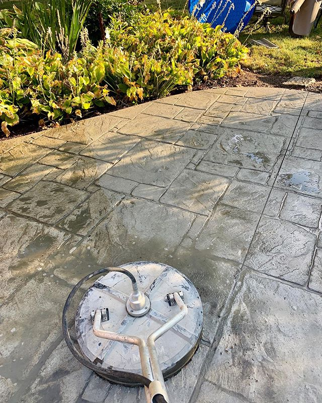 #317seal is out and at it this morning in #sunny #indianapolis Get your #concrete #washedandsealed this fall before winter rolls in for added #protection